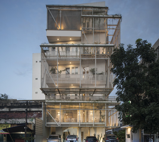Hotel Lenora / RDMA