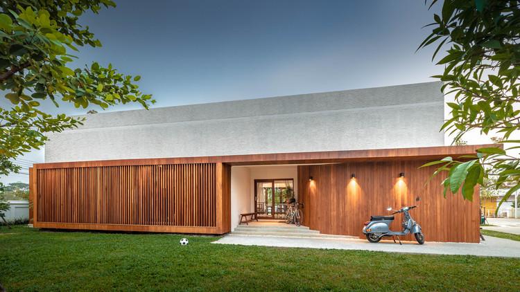 Jaipan House / Onhill Design & Construction, © Witsawarut Kekina