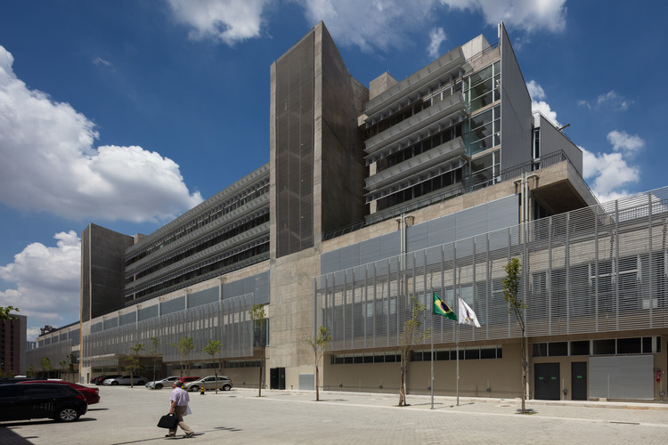 SPBR Arquitetos prestes a inaugurar Hospital de Urgências de São Bernardo do Campo, Hospital de Urgências / SPBR Arquitetos. Image © Nelson Kon
