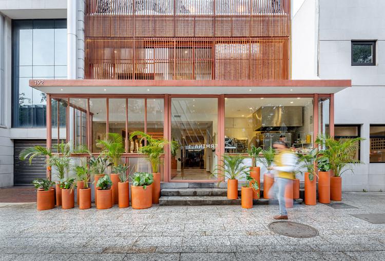 Despachos mexicanos Michan Architecture y VRTICAL son reconocidos con el Premio Architectural League 2020, Restaurante Mexicano Masaryk / Vrtical. Image © Enrique Márquez Abella