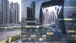 Opus de Zaha Hadid Architects bajo el lente de Laurian Ghinitoiu
