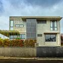 00 Context and Elevation (4) - Tresno House / RAW Architecture: Biệt thự hiện đại cây xanh và hồ bơi