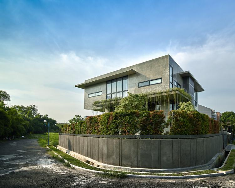 Nhà Tresno / Kiến trúc RAW, © Eric Dinardi