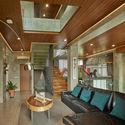 02 Atrium Living room 2 - Tresno House / RAW Architecture: Biệt thự hiện đại cây xanh và hồ bơi