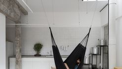 Itamonte Garage / Zebulun Arquitetura