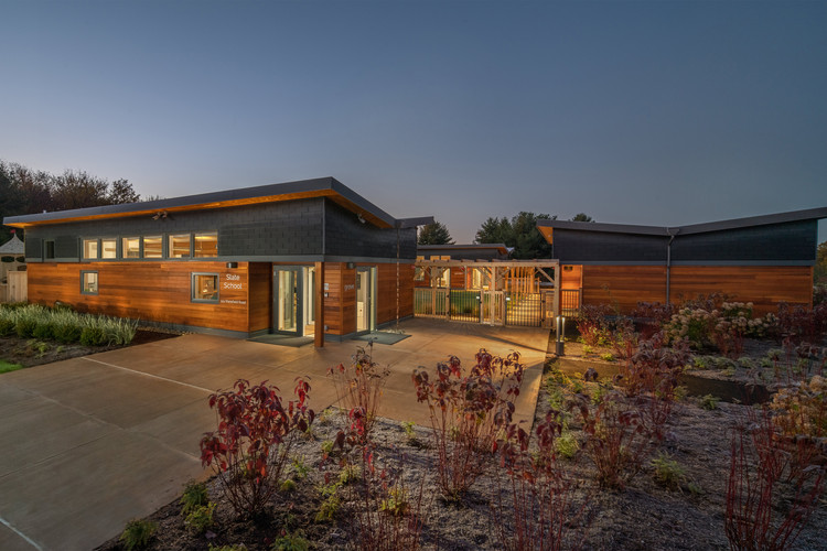Slate School / Patriquin Architects, © Ian Christmann