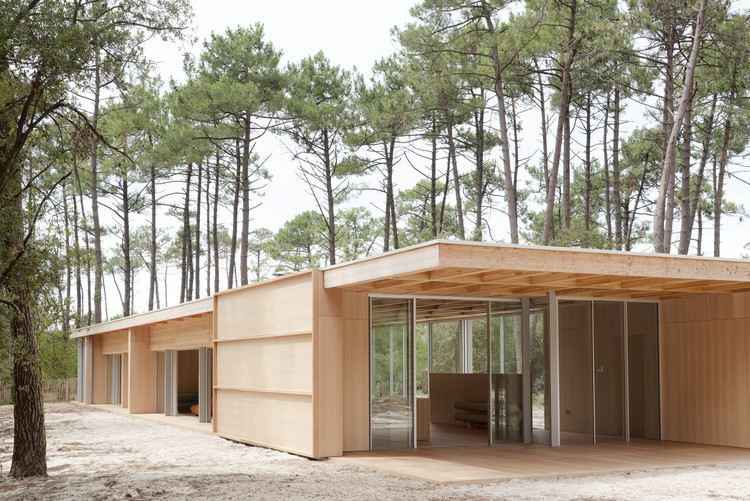 The Wooden Villa / Nicolas Dahan, © Vincent Leroux