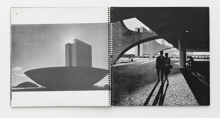 Plataforma online reúne 280 publicações e livros de fotografia, Cortesia de Base de Dados de Livros de Fotografia