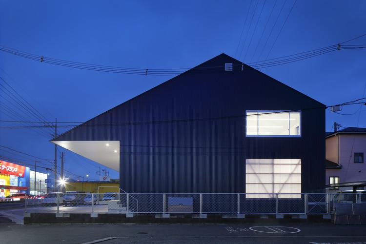Warehouse in Ageo  / Arii Irie Architects, © Kai Nakamura