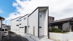 House With 3 Shed Roofs / 416 Architects