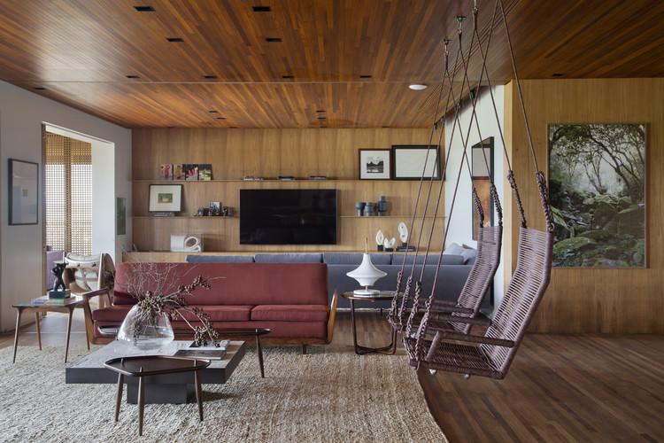 Apartamento Ribeirão Preto / Solange Cálio Arquitetos, © Denilson Machado – MCA Estúdio