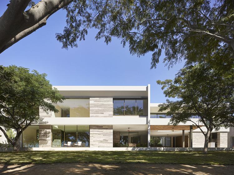 Casa Culiacán  / Ezequiel Farca + Cristina Grappin, © Roland Halbe