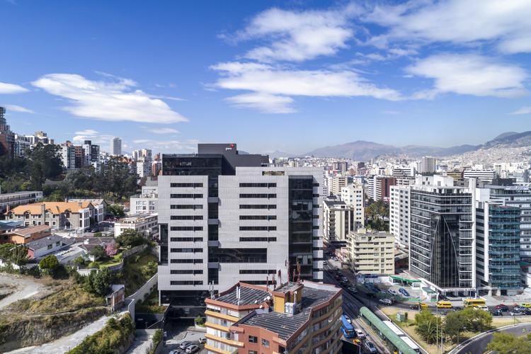 Torre Seis / Diez + Muller Arquitectos, © Bicubik Photography