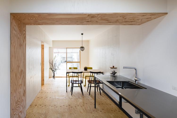 House in Oyamazaki / Shimpei Oda Architect's Office + Atelier Loowe, © Norihito Yamauchi