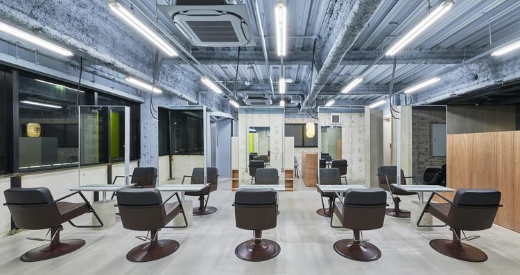 Rowen esaka Salon / Naoya Matsumoto Design, © Takeshi Asano