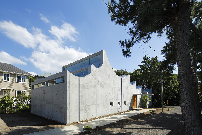 Tipos de encofrados para moldear el hormigón visto,Shonan Christ Church / Takeshi Hosaka Architects. Image © Koji Fujii / Nacasa&Partners Inc.