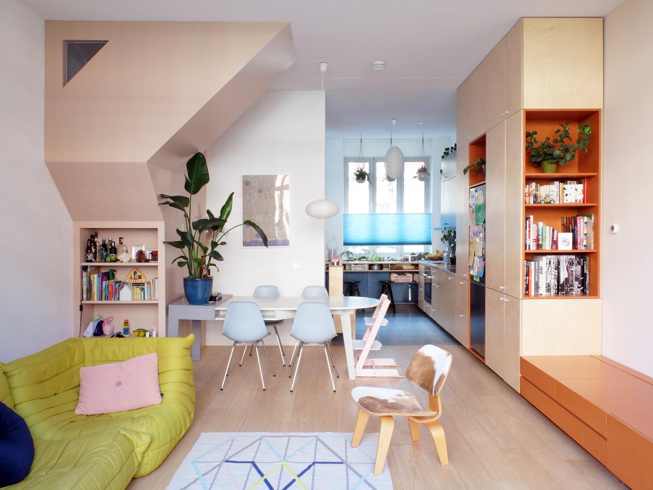 Work Home Play Home / LAGADO architects