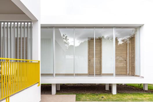 Casa Leny / CASTILLO + VALDIVIESO arquitectos