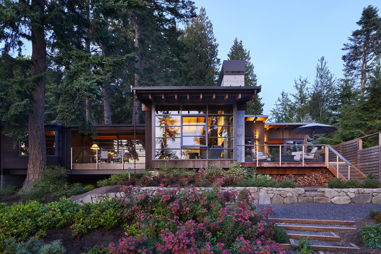 Kayak Point House / Christopher Wright Architecture, Courtesy of Benjamin Benschneider