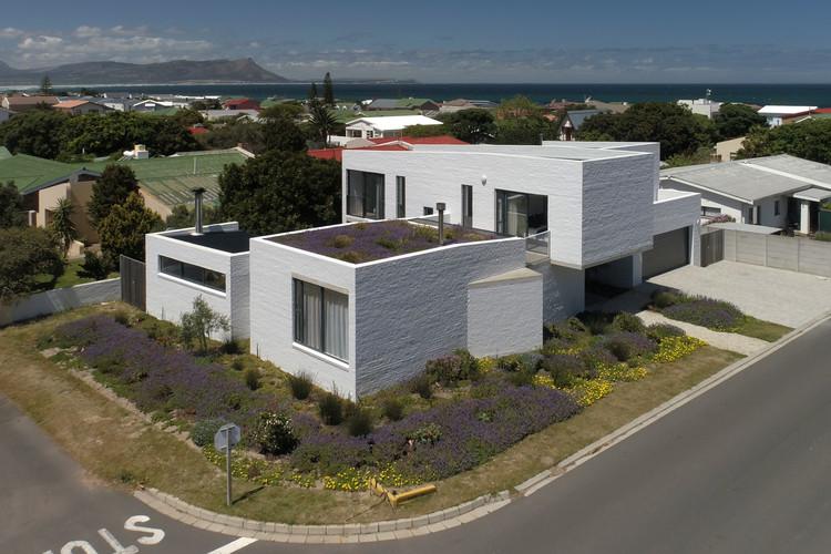 House 4AK / Swansilva Architecture, © Epitome Studios