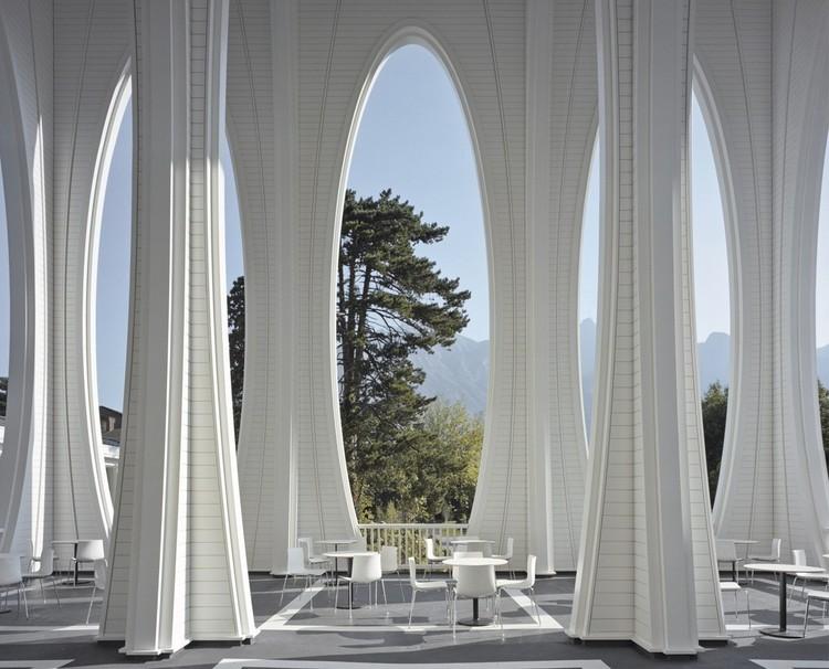 A arquitetura da cura: situações de emergência e recuperação, Tamina Thermal Baths. Image © Roland Bernath