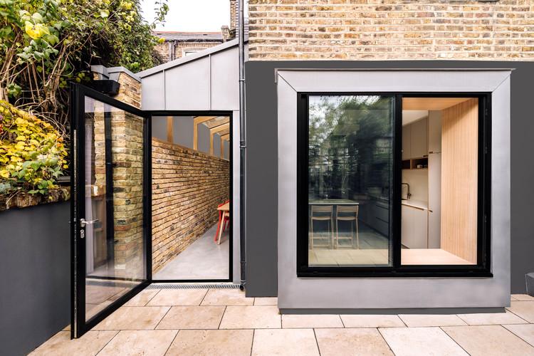 Stoke Newington House / Material Works Architecture, © Gautier Houba