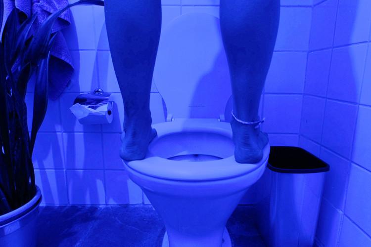 Três banheiros, três danças: experimentações do corpo na arquitetura, © Manuella Ferreira Leboreiro