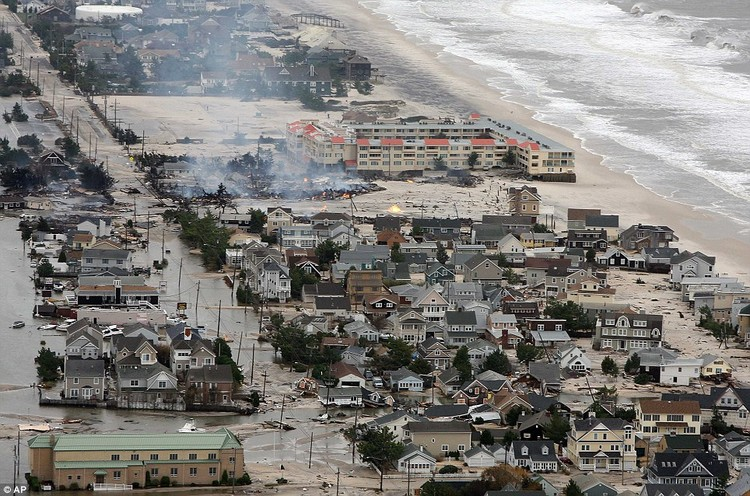 The 20 Cities Most Vulnerable to Flooding, Hurricane Sandy Aftermath in New Jersey. Image © Governor's Office / Tim Larsen