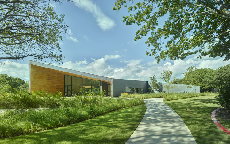 Lamplighter School Innovation Lab / Marlon Blackwell Architect, © Timothy Hursley