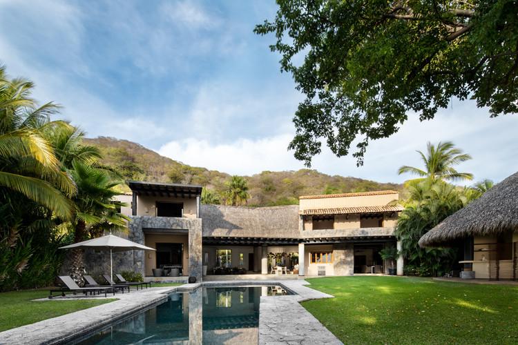 Casa La Vida / Zozaya Arquitectos, © Cesar Belio