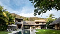 Casa La Vida / Zozaya Arquitectos