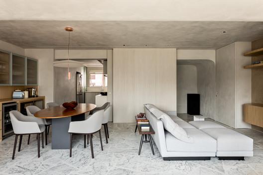 Departamento Benedito / Meireles+Pavan Arquitetura