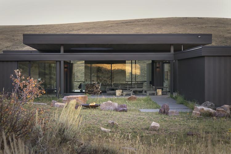 Boar Shoat House / Imbue Design, © Imbue Design