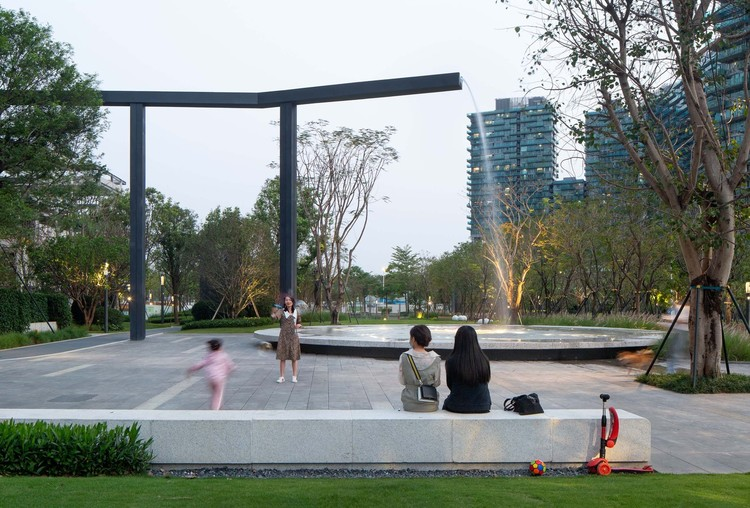 Tips for Using Rainwater in Architectural Projects, Shenzhen Shenwan Street Park / AUBE CONCEPTION. Image © Tianpei Zeng