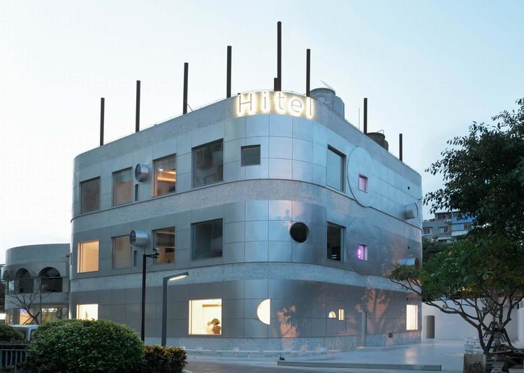 Hitel Hotel / Devolution, public area. Image © Xiaodong Xu