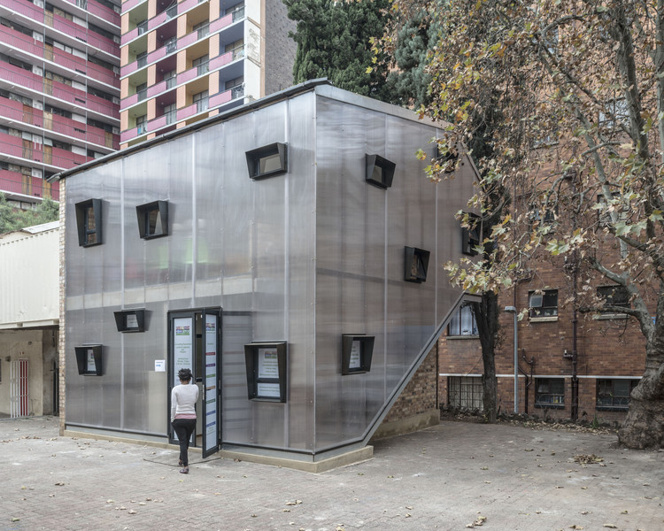Hillbrow Counselling Centre / Local Studio, © Dave Southwood