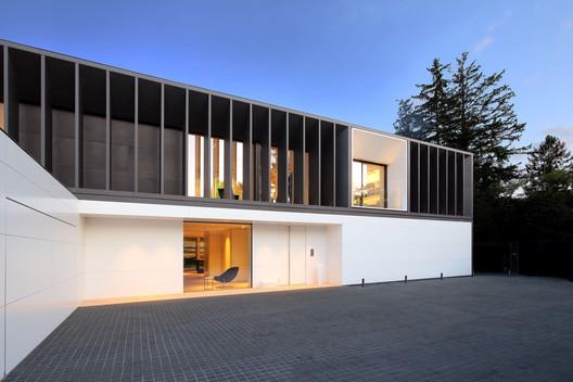 Geneva Villa / JM Architecture