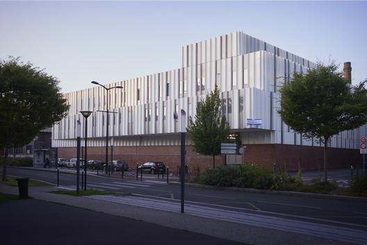 Tourcoing Police Hotel / Ameller Dubois