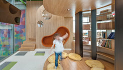 Biblioteca da Escola Umbrella / Savana Lazaretti Arquitetura e Design Sensorial