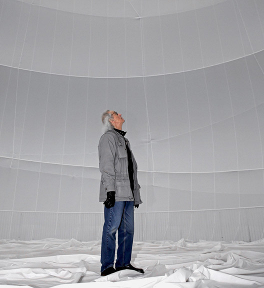 "Christo revealing the ""Big Air Package"" in 2013. Image © Wolfgang Volz"