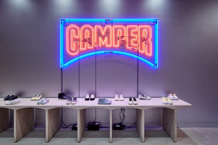 Camper NYC Store / CAMPER + Jonathan Olivares. Image Courtesy of Alexander Haas