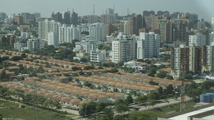 Covid-19, Ordenamiento Territorial y Planificación Urbana en Latinoamérica, Ciudad Latinoamericana. Image © Marco Antonio Ramírez O.