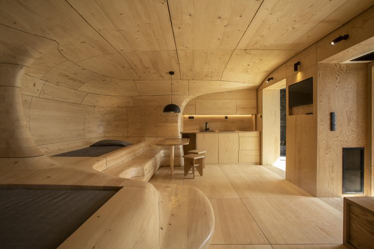 Wooden Cave / Tenon Architecture, © Spyros Hound Photography