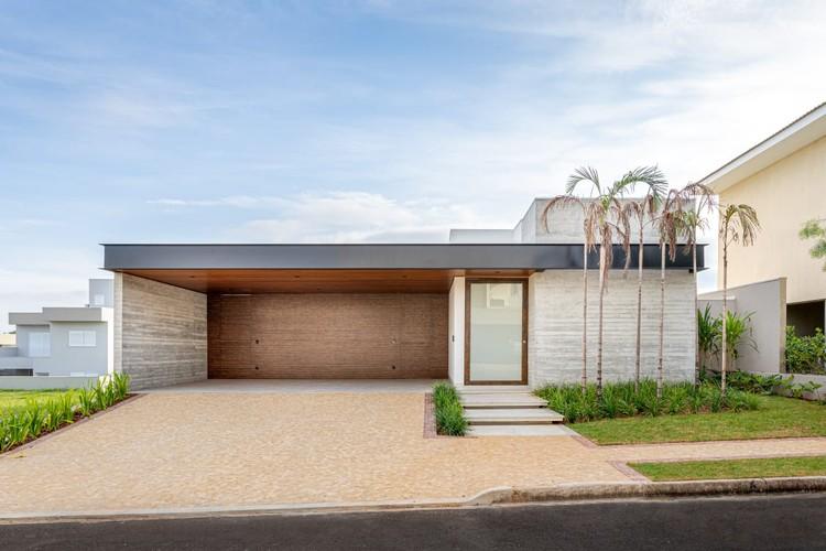 Casa TGS / Laercio Fabiano Arquitetura, © Daniel Santo