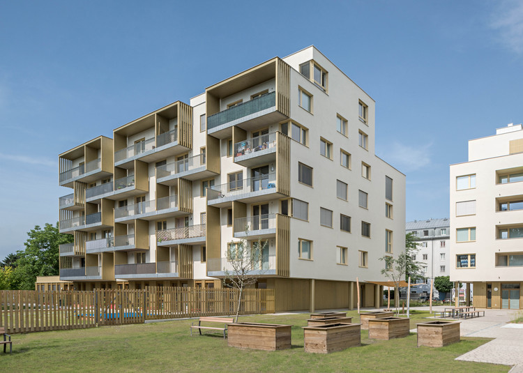 STA | zwei+plus Intergenerational Housing / trans_city TC, © Hertha Hurnaus, Leonahard Hizensauer