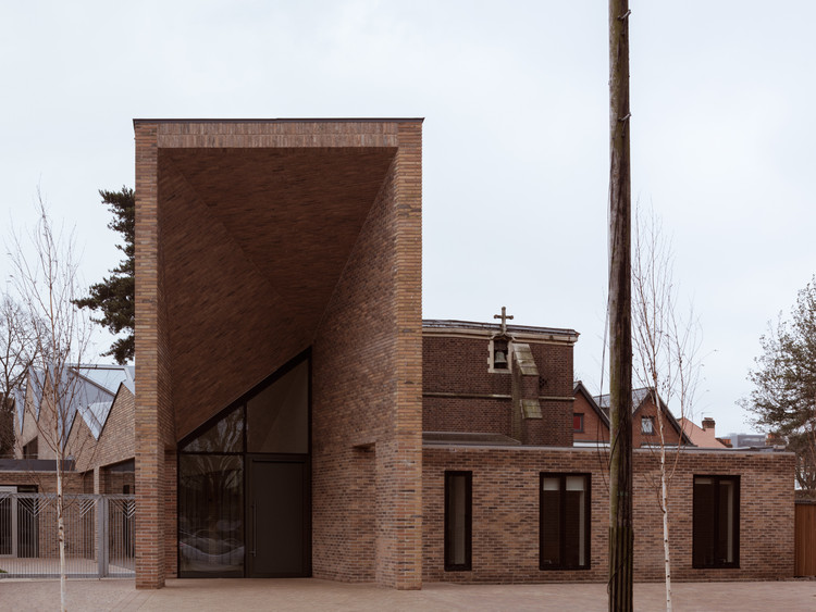 Drayton Green Church / Piercy&Company, © Simone Bossi