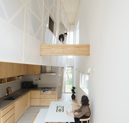 Casa en Hayama / Eri Sumitomo Architects + Sumitomo Eri + ENJOYWORKS