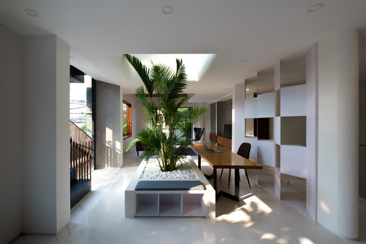 Casa apilable / AD+studio