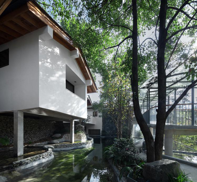Orchis House / ZhiXing Architects, © Yuanxiang Chen