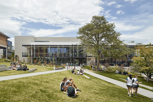 MLC Nicholas Learning Centre / McIldowie Partners